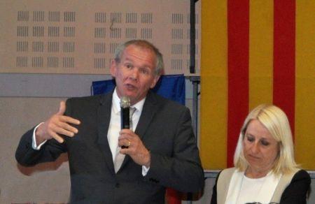 Philippe Gleizes aux côtés de Colette Appert durant la campagne 2014